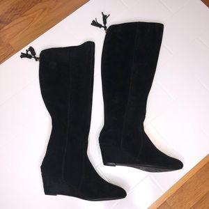 ⚡️HP⚡️🆕 ANNE KLEIN / suede wedge boots